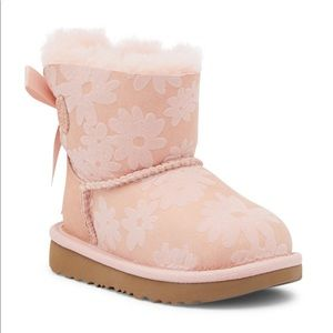 NEW UGG TODDLER MINI BAILEY BOW